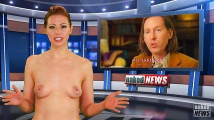 Сексапильные ведущие работают на телеканале полностью голыми